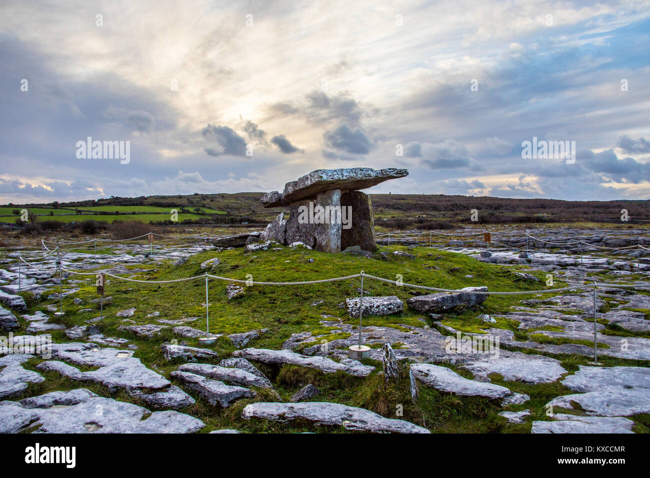 Poulnabrone Dolmen, ancient portal tomb, The Burren, Co Clare, Ireland - Stock Image