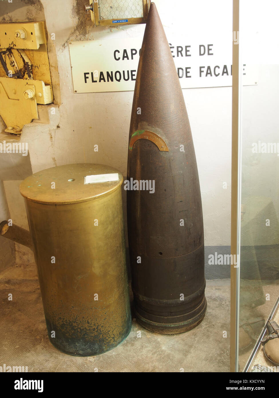 420mm shellcase for 1000kg grenade used in German Skoda 100000kg canon that where fired upon l'ouvrage de Schönenbourg, - Stock Image