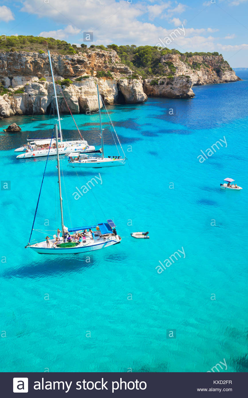 View of Cala Macarella and sailboats, Menorca, Balearic Islands, Spain, Europe - Stock Image