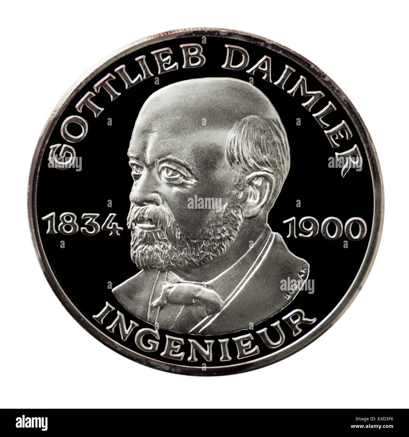 99.9% Proof Silver Medallion featuring Gottlieb Wilhelm Daimler (1834-1900), the founder of Daimler Motoren Gesellschaft - Stock Image