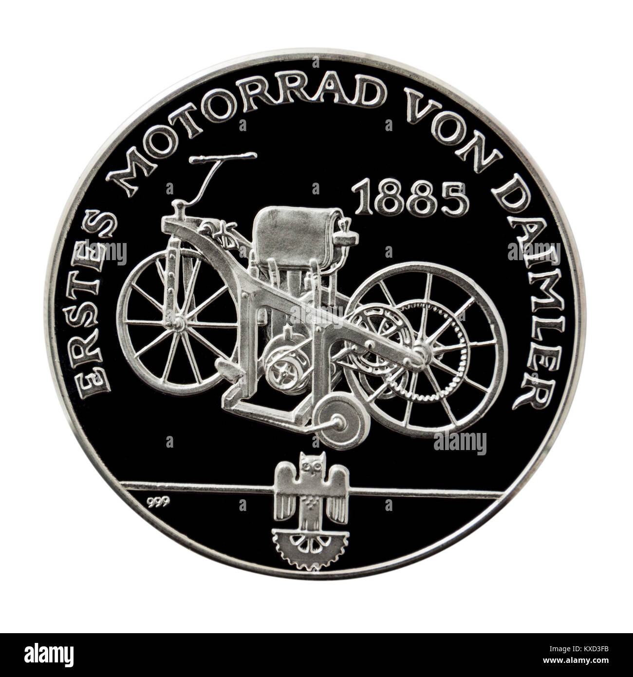 99.9% Proof Silver Medallion featuring the 1885 Daimler 'Petroleum Reitwagen', the first internal combustion - Stock Image