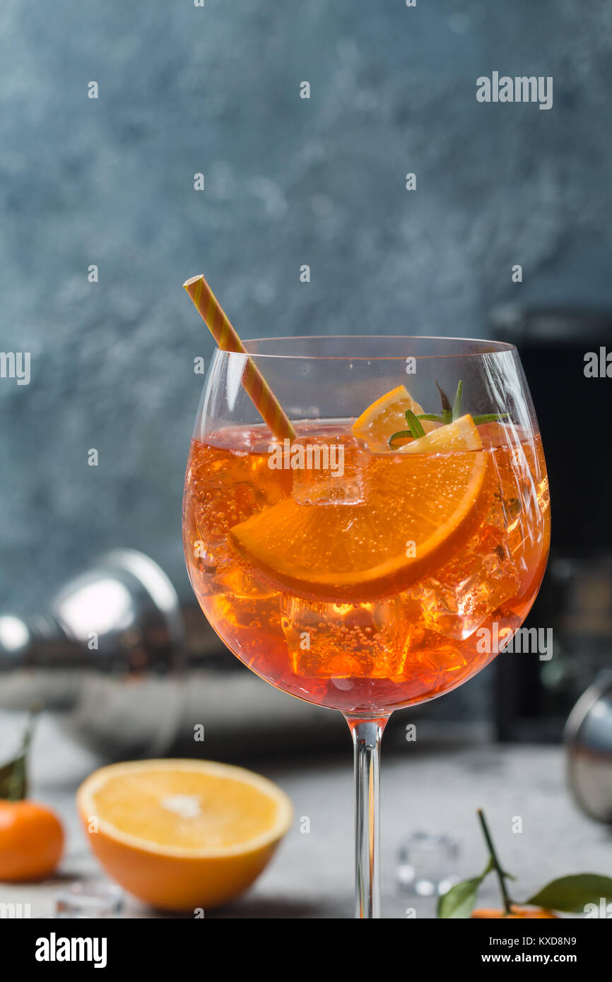 Aperol spritz cocktail - Stock Image