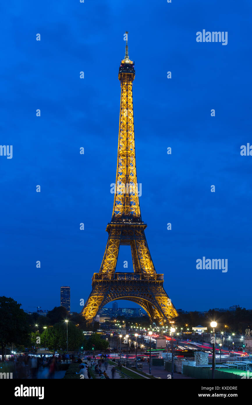 Eiffel Tower,north-west view,at dusk,Paris,France Stock Photo