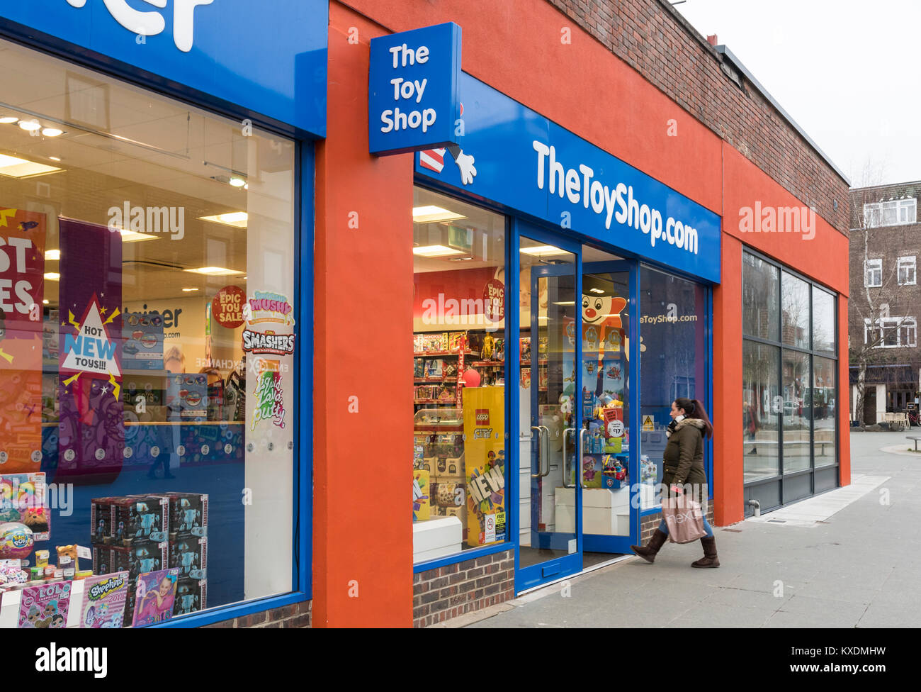 The Toy Shop front entrance in Horsham, West Sussex, England, UK. Retail store. - Stock Image