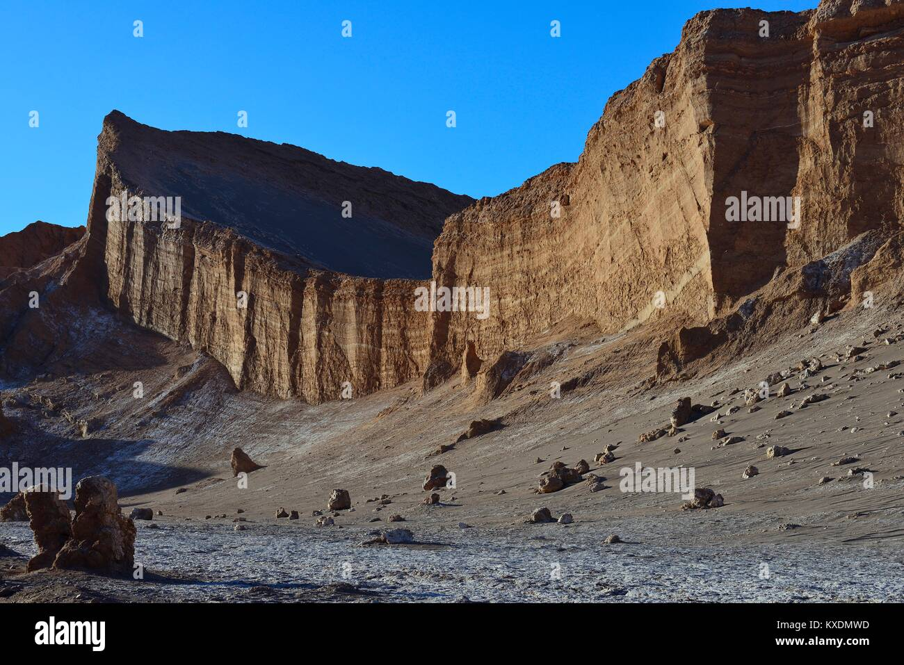 Rock face in the Valley of the Moon, Valle de la Luna, San Pedro de Atacama, Antofagasta, Chile - Stock Image