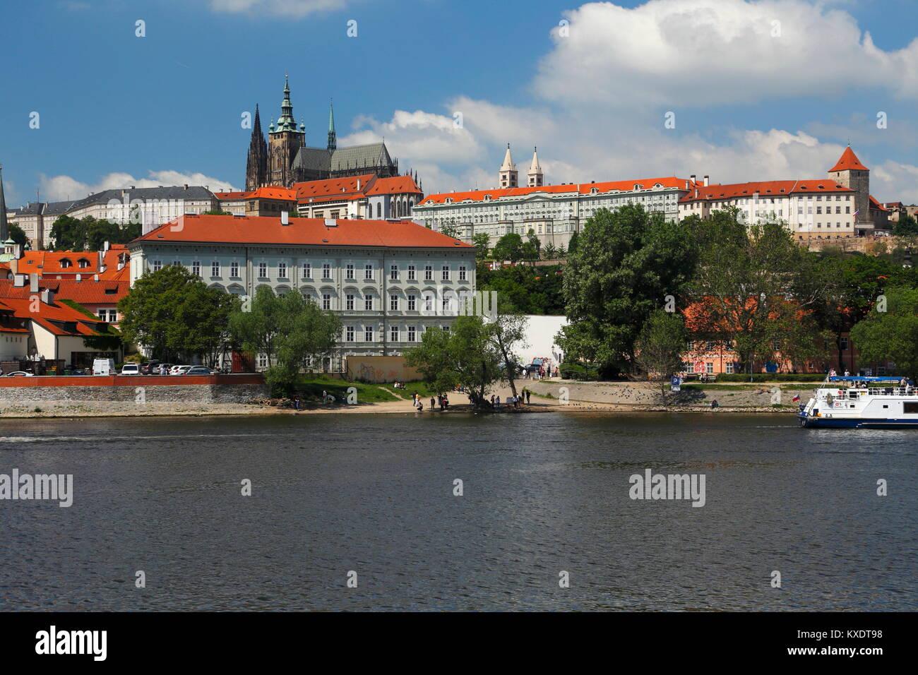 Vltava River with Prague Castle, St.Vitus Cathedral, Prague, Czech Republic - Stock Image