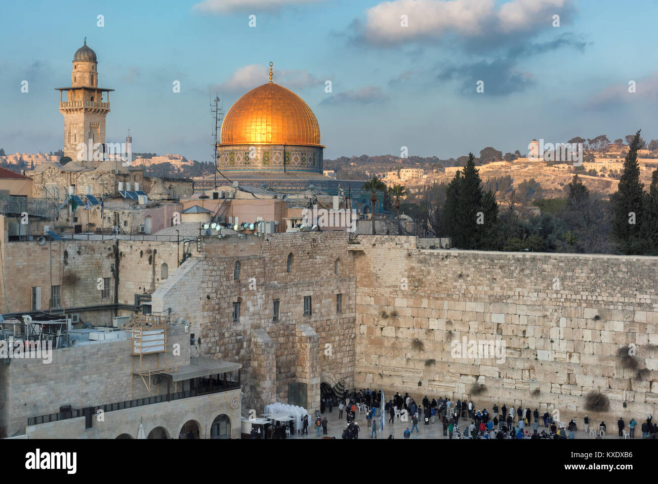 Western Wall and golden Dome of the Rock in Jerusalem Old City, Israel. - Stock Image