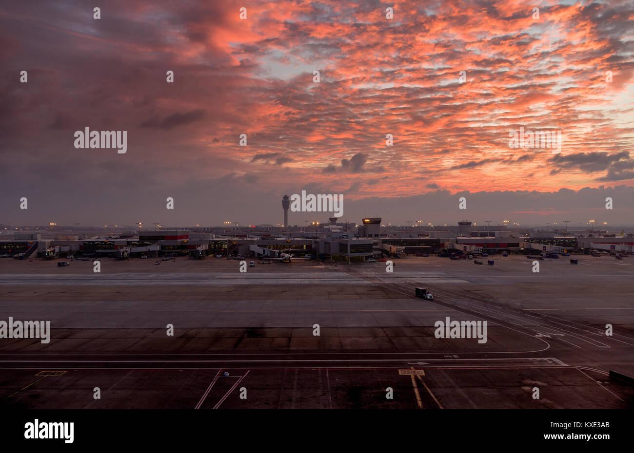 Sunrise over Hartsfield-Jackson Atlanta International Airport - Stock Image