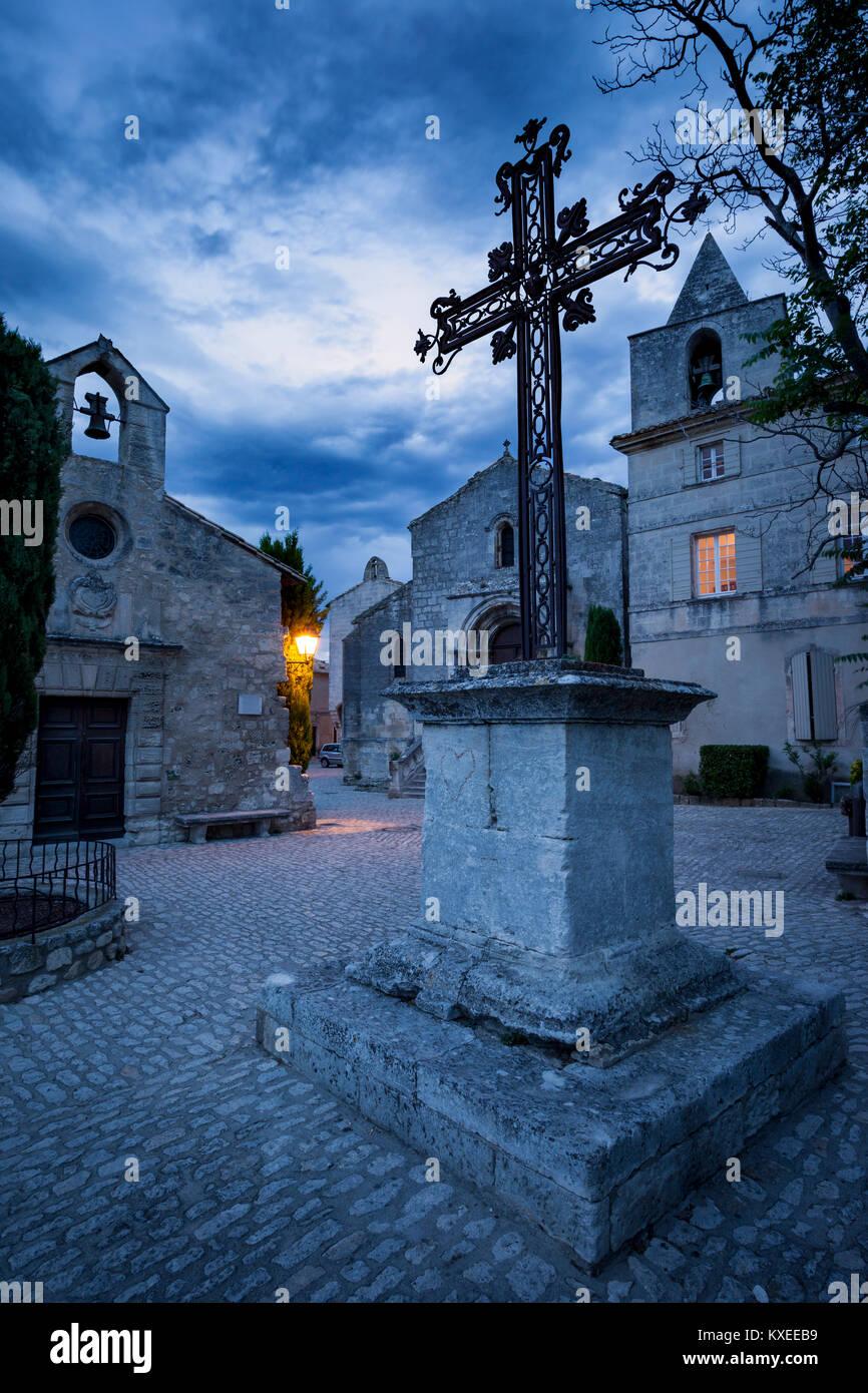 Wrought Iron cross at Place de Saint Vincent, Les Baux de-Provence, France - Stock Image