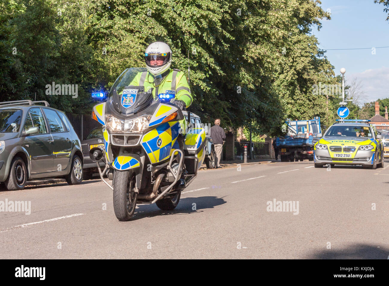 Thames Valley Police Motorcyclists riding BMW R1200RT Motorcycles - Stock Image