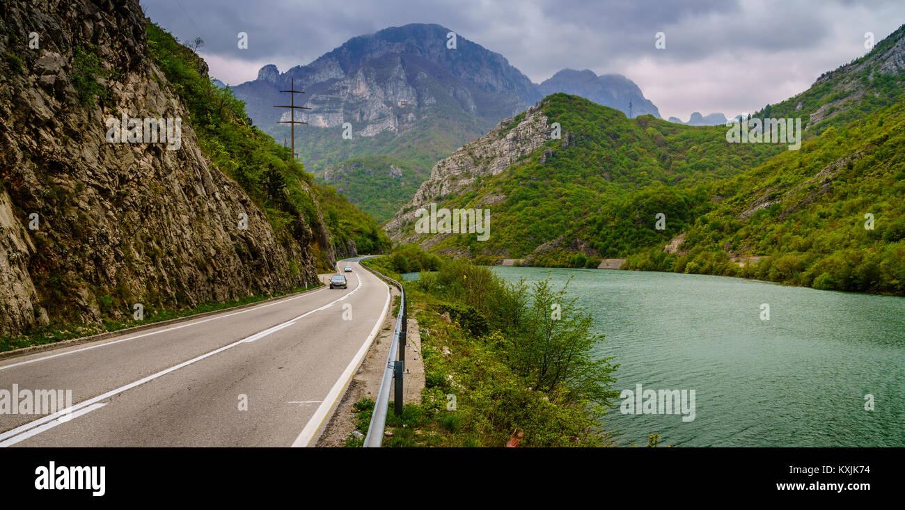 Highway through the mountains along the Neretva River in Bosnia-Herzegovina - Stock Image