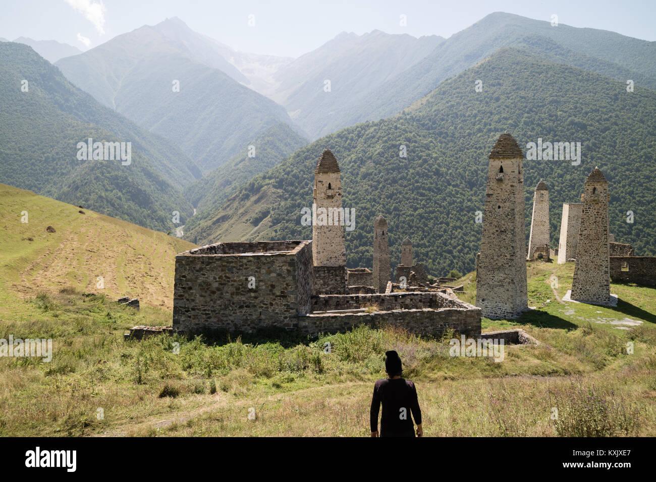 Erzi military medieval towers, Mountains of Ingushetia/Chechnya, North Caucasus - Stock Image