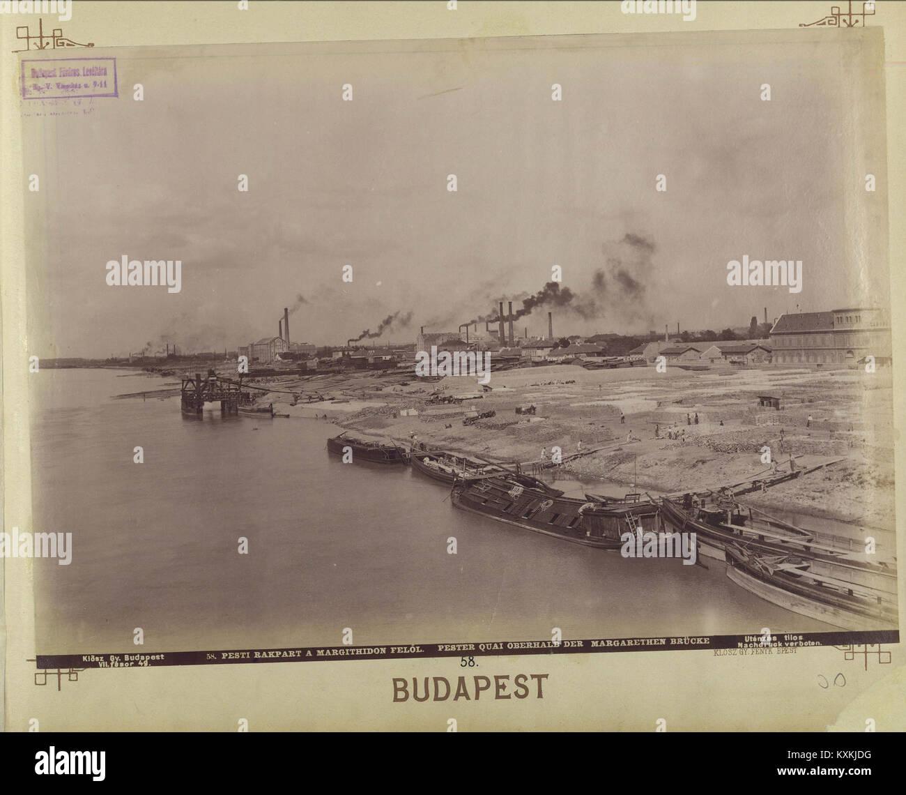 Az Újpesti rakpart a Margit híd felől nézve. - Budapest, Fortepan 82383 - Stock Image
