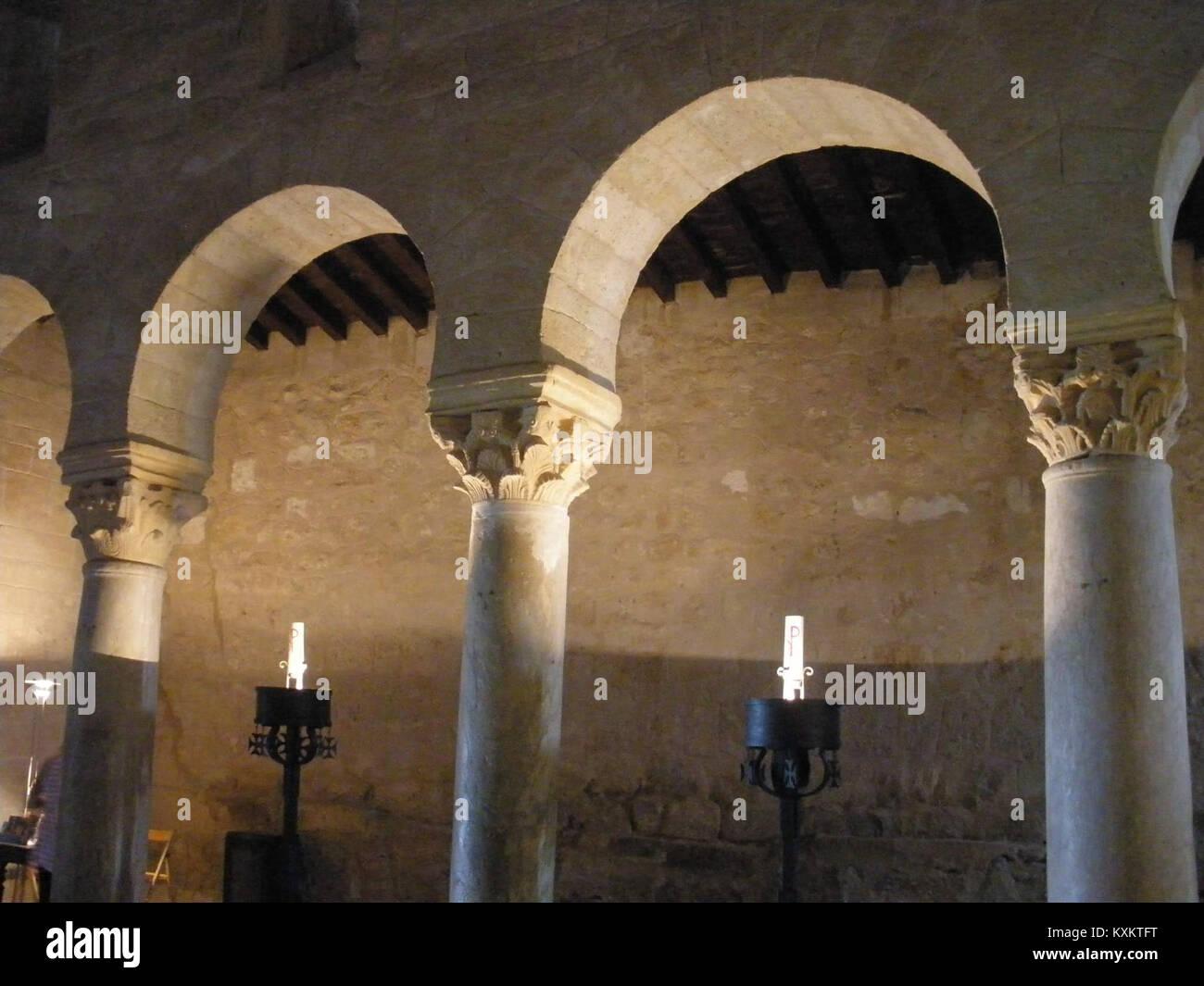 Banos Tft.Banos De Cerrato Basilica De San Juan De Banos Interior