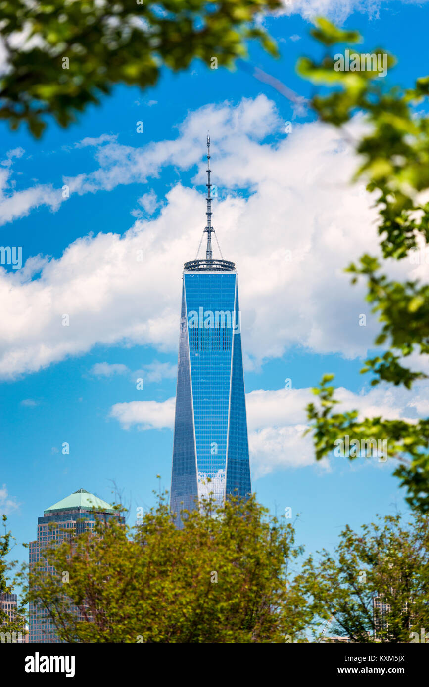 One World Trade Center in Manhattan, New York City, USA as seen from Jersey City, New Jersey - Stock Image