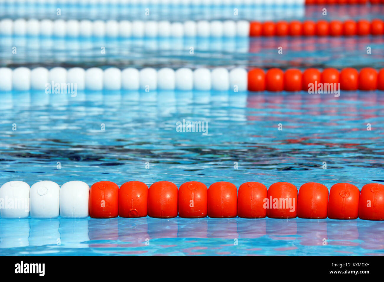 Swimming Pool Lane Rope Stock Photos & Swimming Pool Lane ...