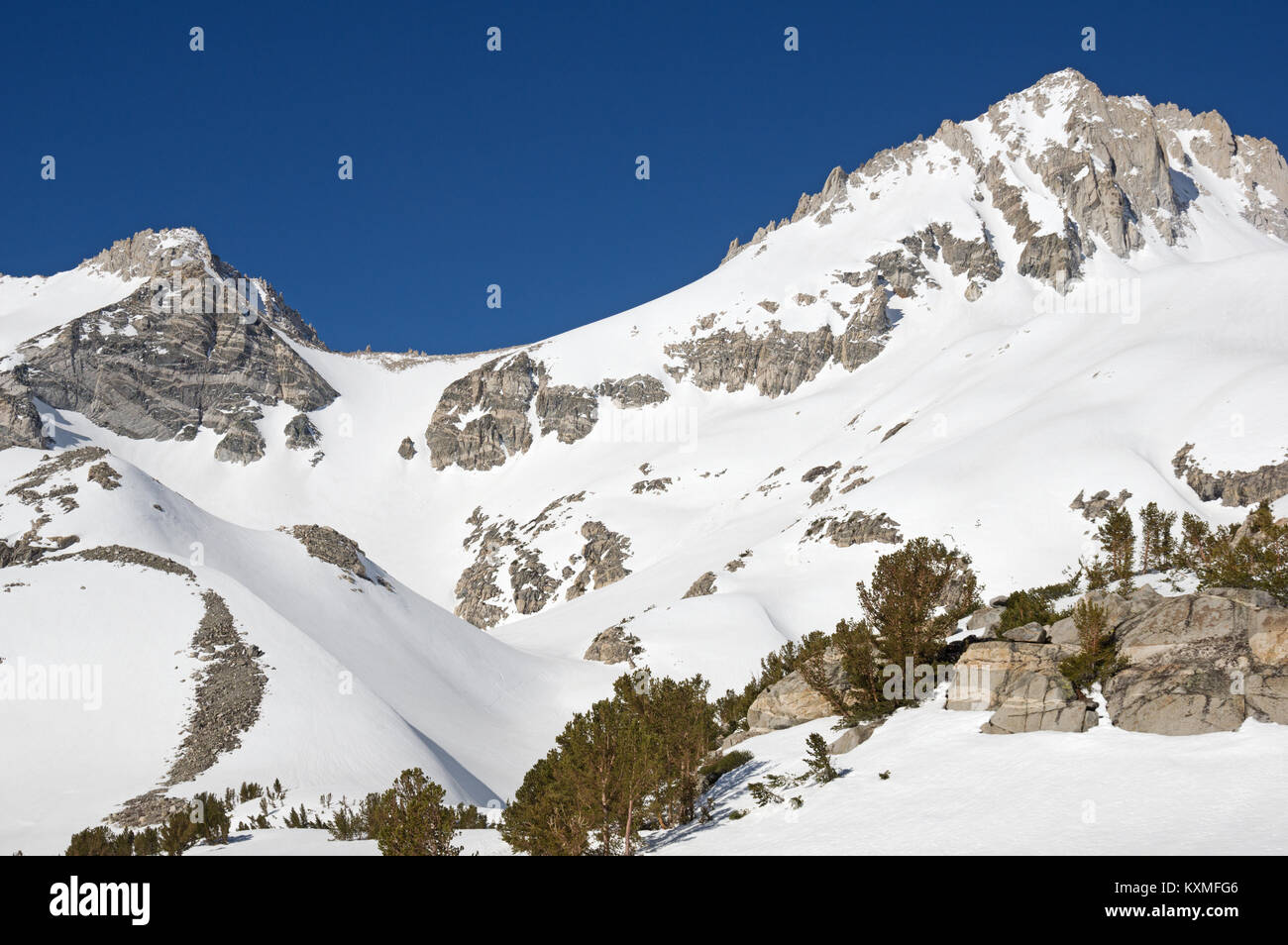 Mount Dade and the Hourglass Couloir in the Sierra Nevada Mountains - Stock Image