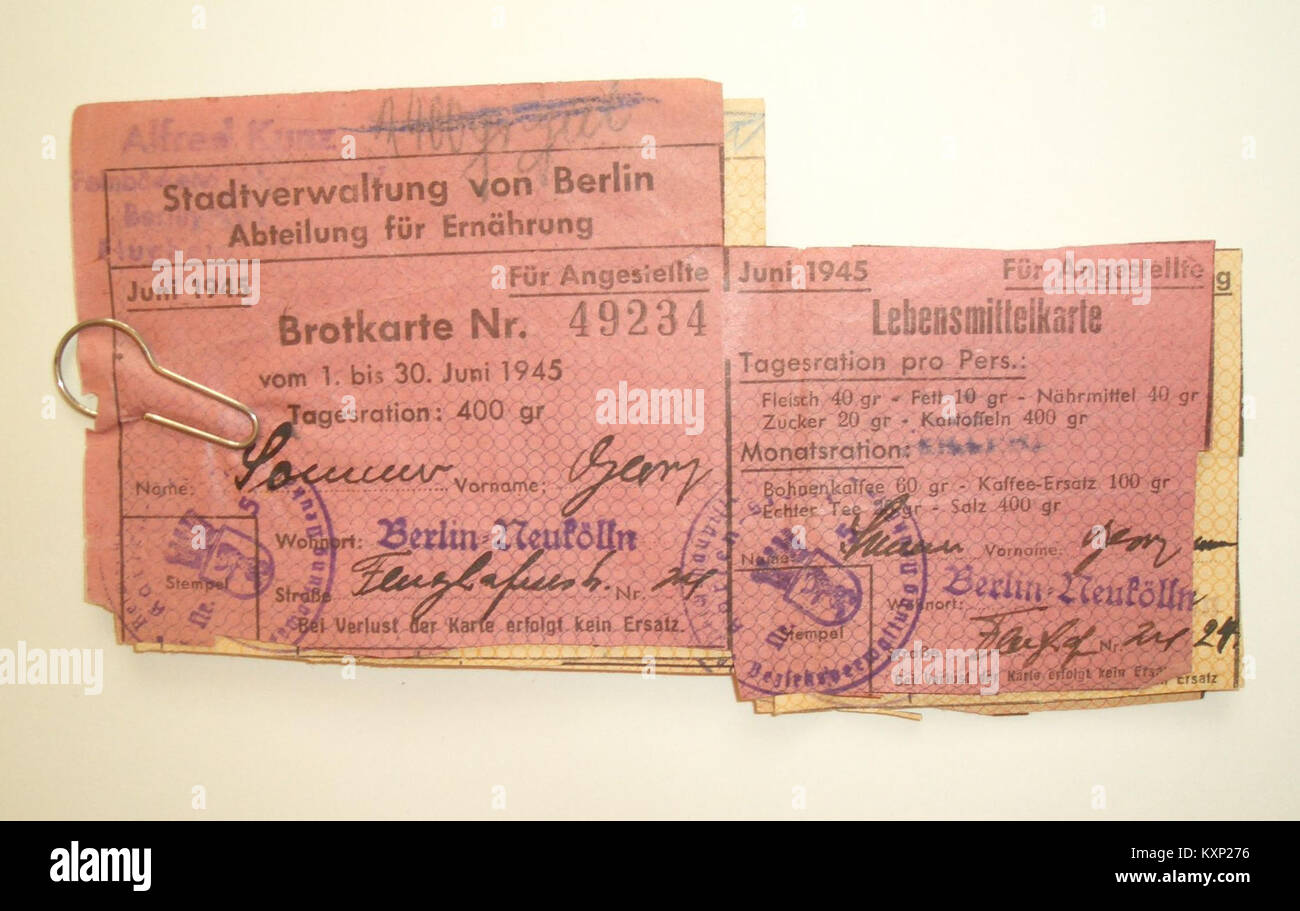 Brotkarte für Angestellte,Juni 1945 Stock Photo