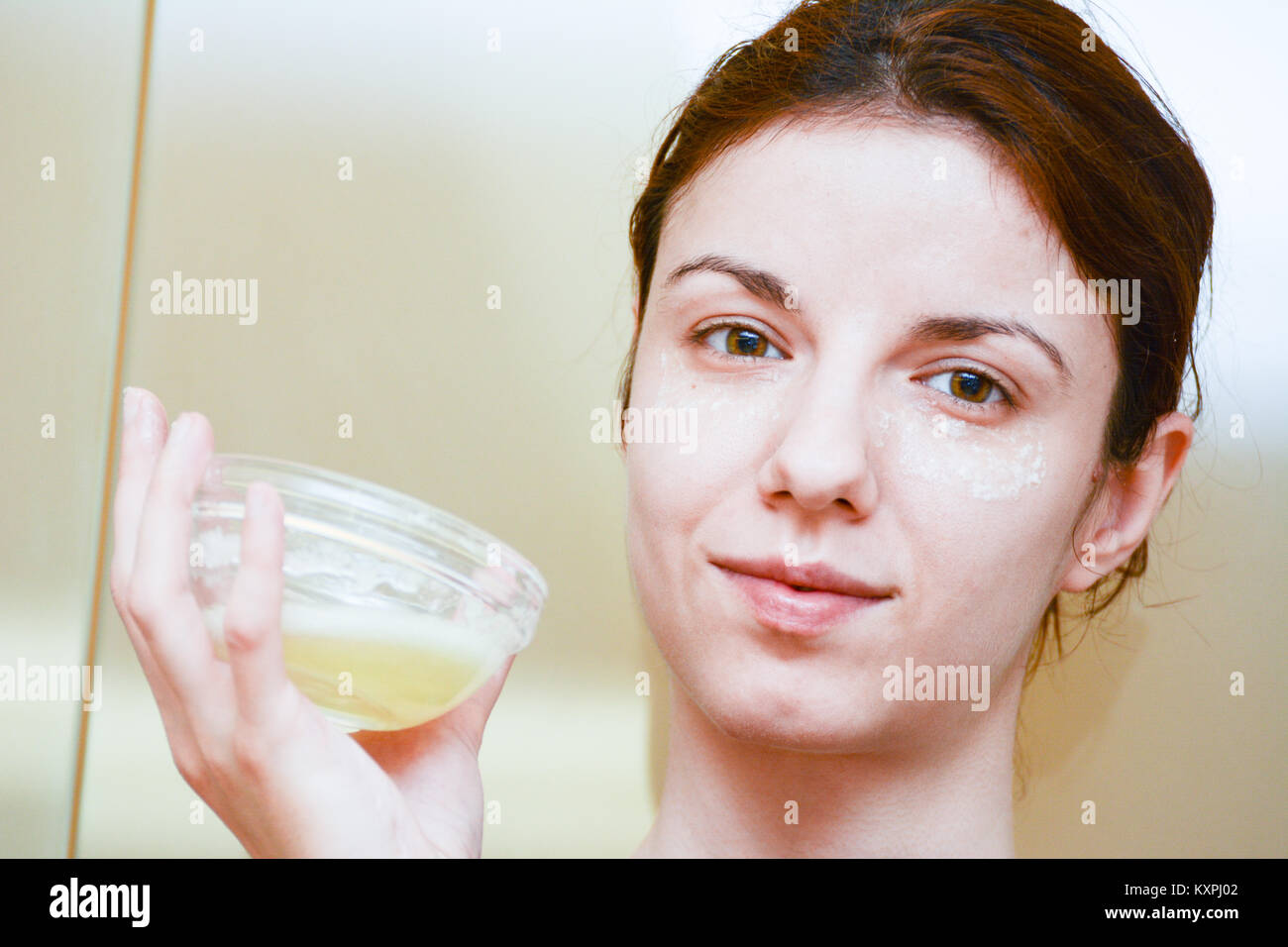 Puffy Eyes Stock Photos & Puffy Eyes Stock Images - Alamy