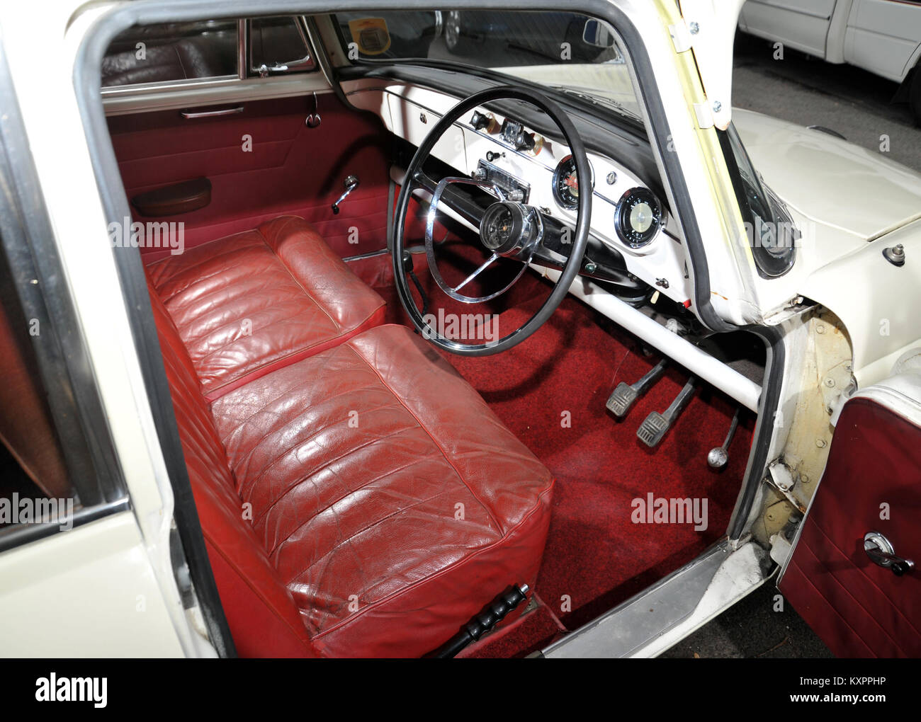 red leather seats in an austin a55 classic car interior stock photo 171375058 alamy. Black Bedroom Furniture Sets. Home Design Ideas
