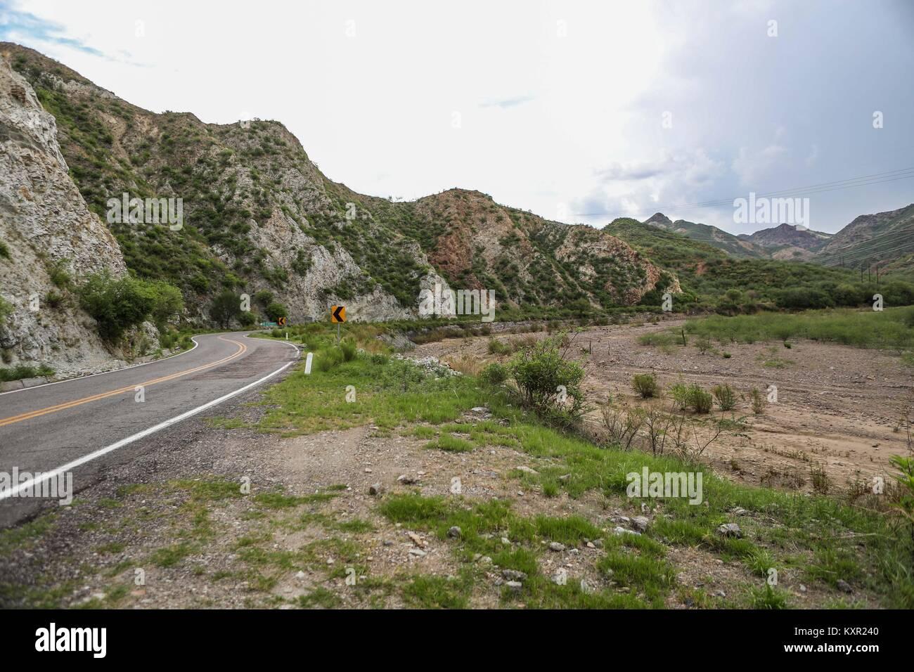 municipio de Nacozari Sonora en un dia nublado  © Foto:LuisGutierrez/NortePhoto.com Stock Photo