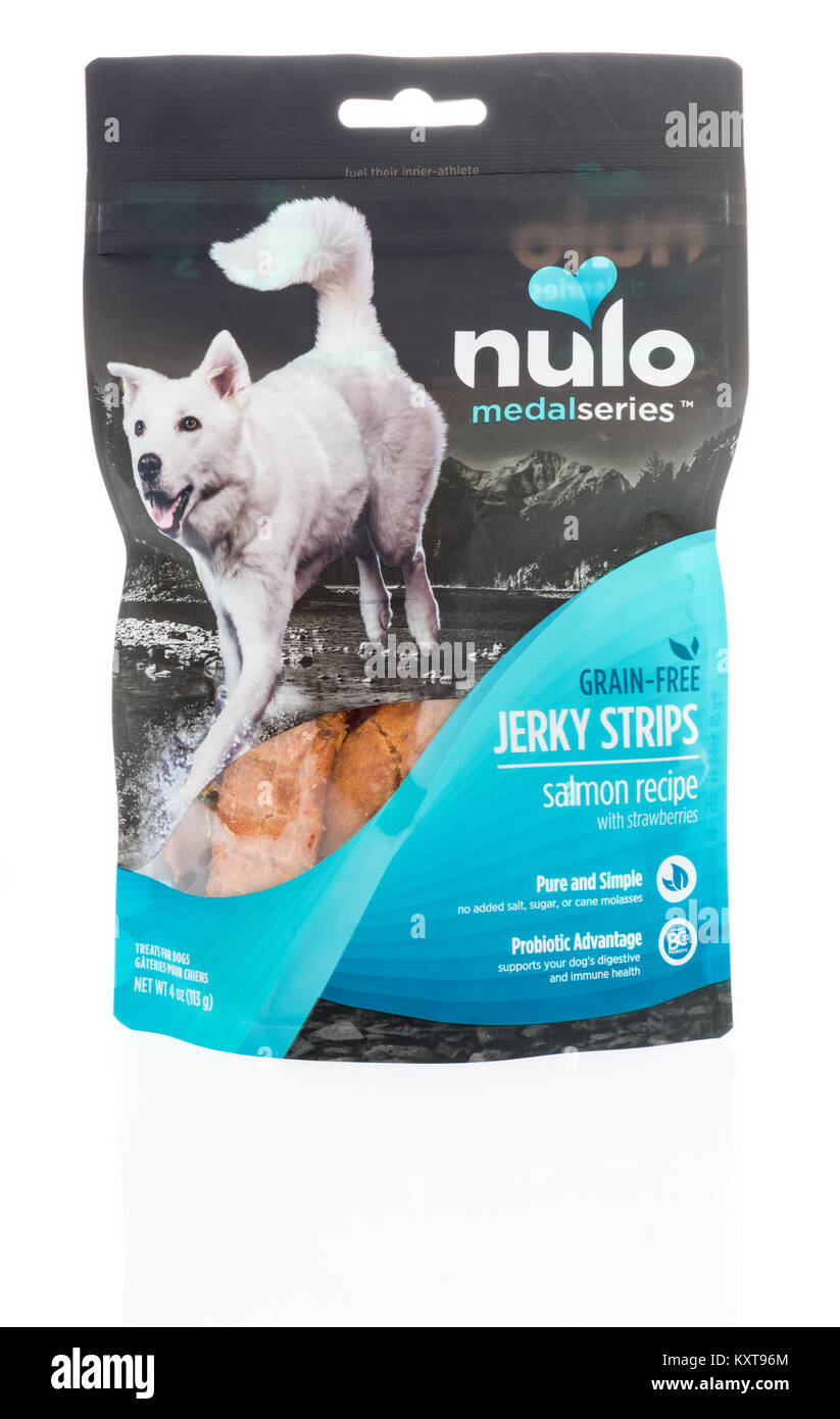 Winneconne Wi 6 January 2018 A Bag Of Nulo Medal Series Jerky Dog