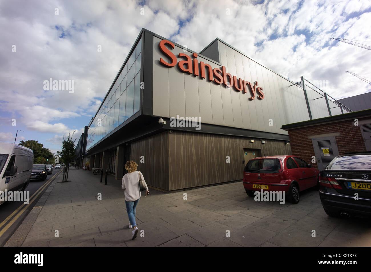 Sainsbury's supermarket, London Borough of Haringey - Stock Image