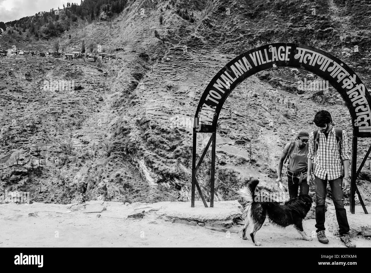 Malana Village - Himachal Pradesh - India © Sauriêl Ltd | Samantha Scholl | fb.com/SaurielPhotography - Stock Image
