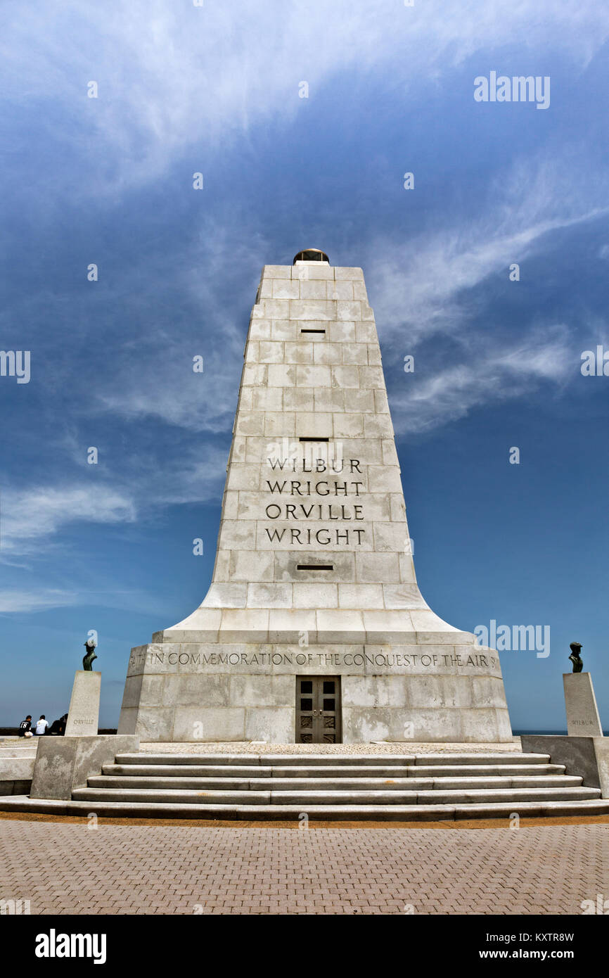NC01249-00...NORTH CAROLINA - Monument to Wilbur and Orville Wright at the Wright Brothers National Memorial on - Stock Image