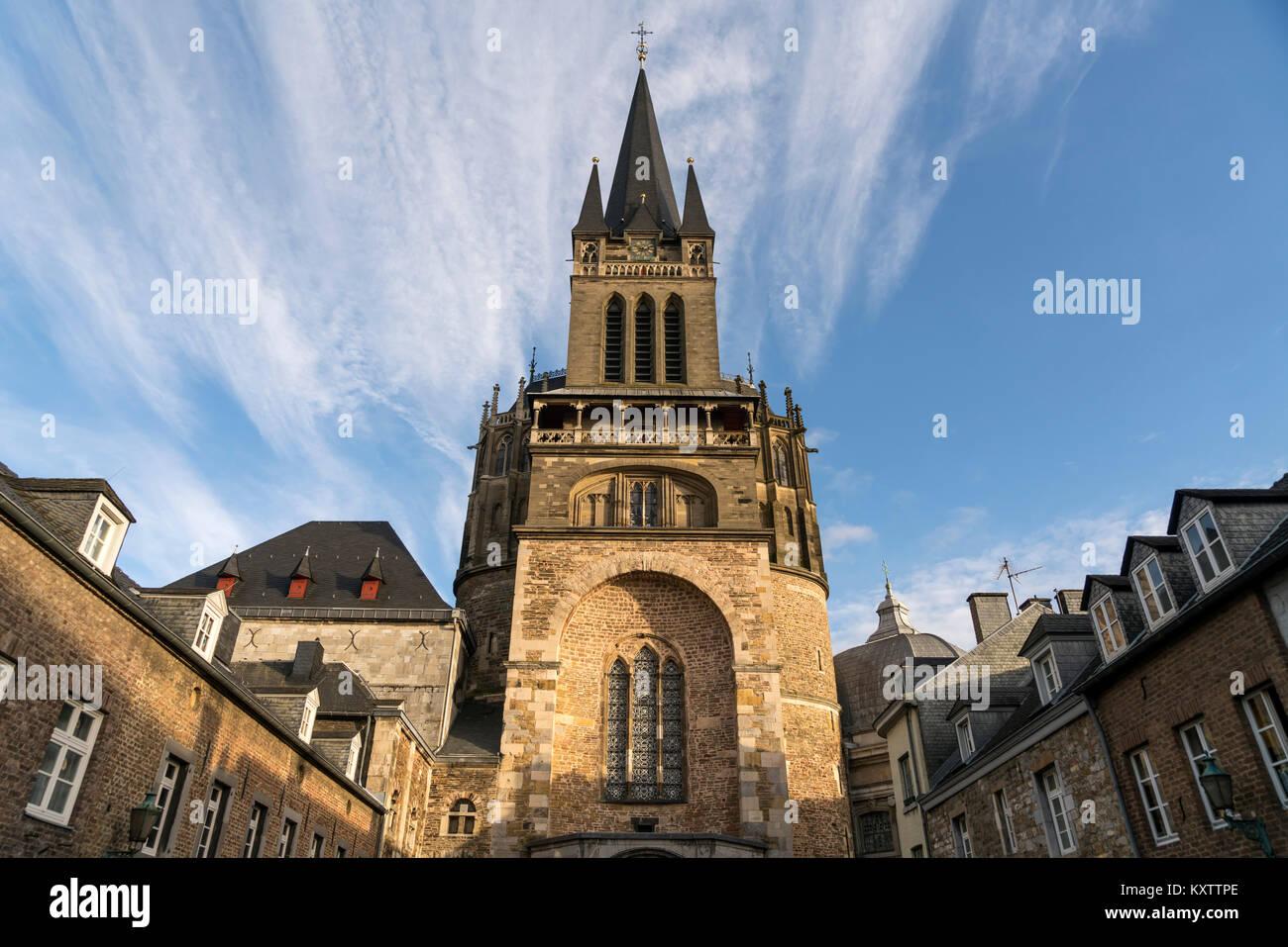 Aachener Dom, Aachen, Nordrhein-Westfalen, Deutschland |  Aachen Cathedral, Aachen , North Rhine-Westphalia, Germany, Stock Photo