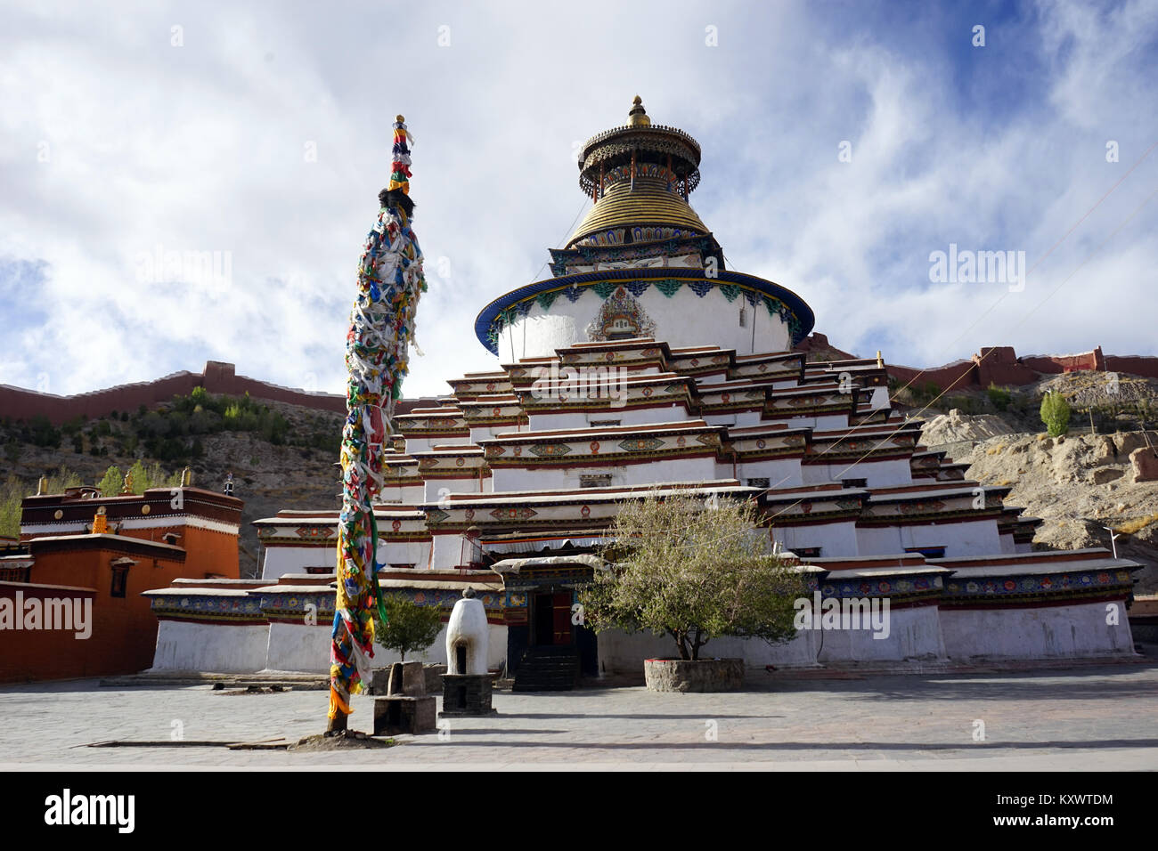 GYANTSE, CHINA - CIRCA MAY 2017 Stupa in Gyantse monastery - Stock Image
