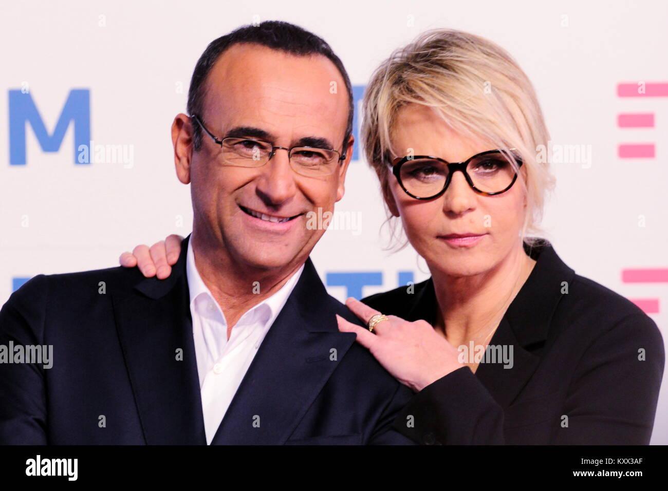 Carlo Conti e maria de Filippi, photocall Festival di Sanremo 2017.Conferenza stampa presso sala Roof del teatro Ariston. Stock Photo