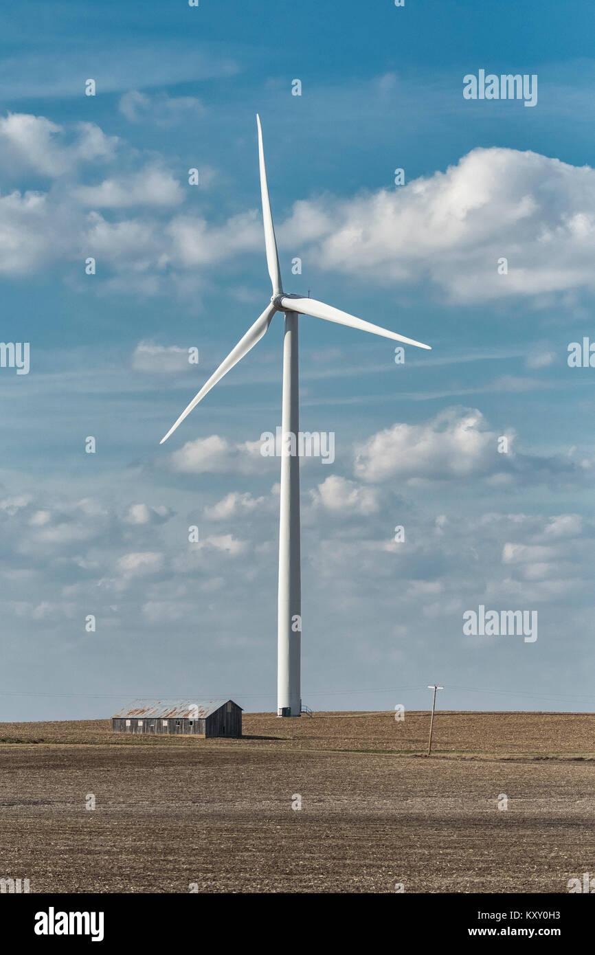 Power generating windmills on Illinois farm. - Stock Image