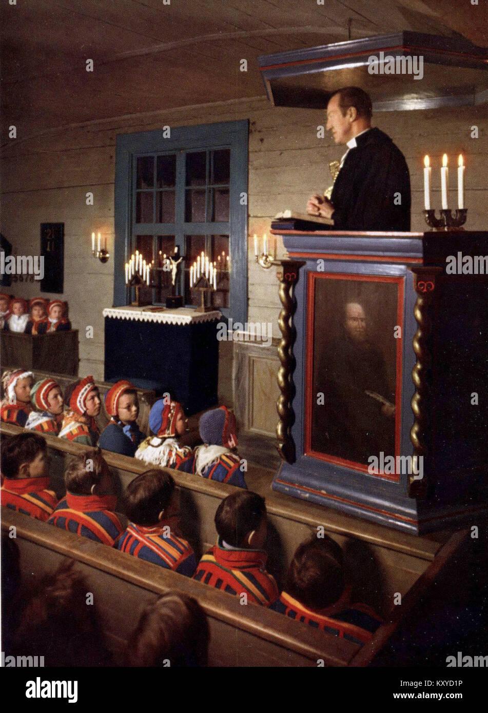Gällivare gamla kyrka Gudstjänst för nomadskolans elever - Stock Image