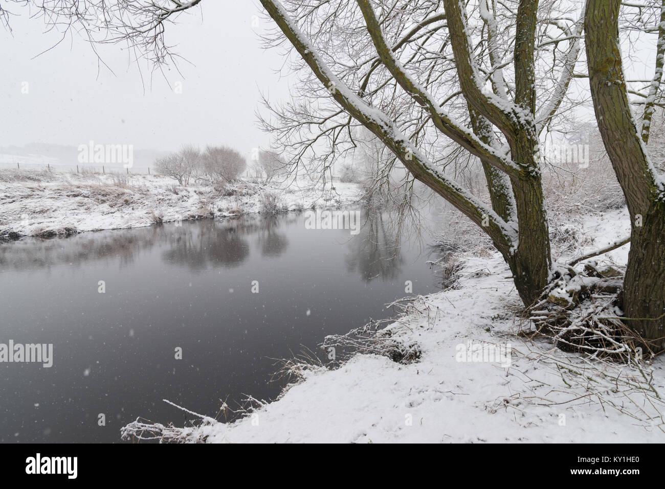 Snowy Durham River, UK - Stock Image