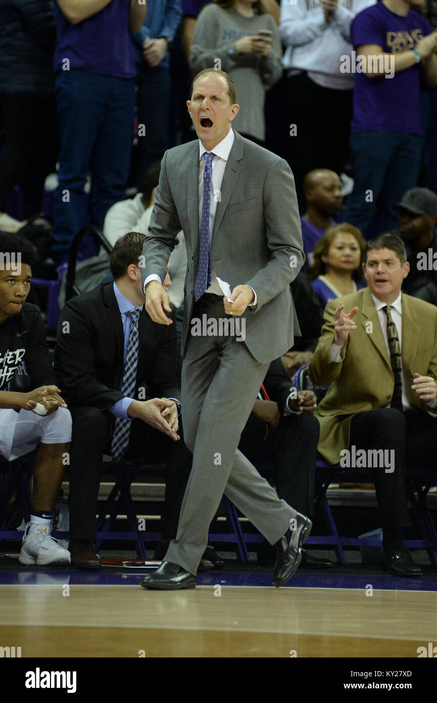 Seattle, WA, USA. 11th Jan, 2018. UW Head Coach Mike Hopkins show his intensity during a PAC12 basketball game between Stock Photo