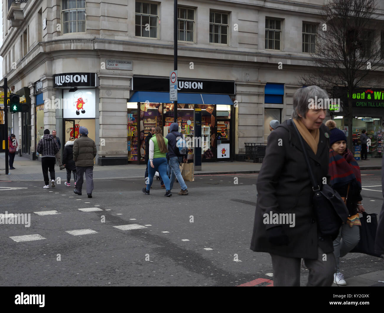 London, UK. 12th Jan, 2018. Dull and Dismal Day in London Credit: Keith Larby/Alamy Live News - Stock Image