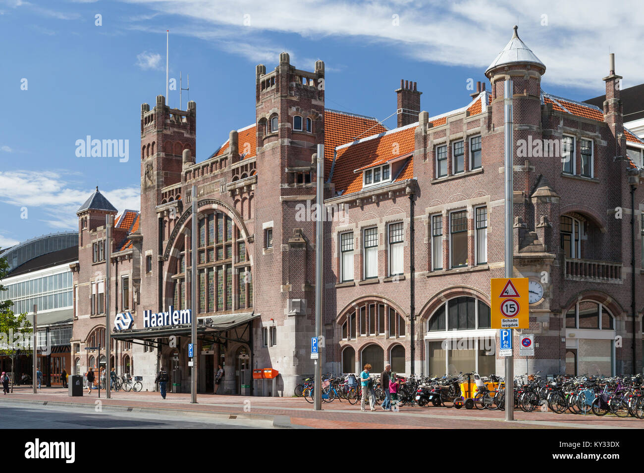 Haarlem railway station, Netherlands. Built in an Art Nouveau style. - Stock Image
