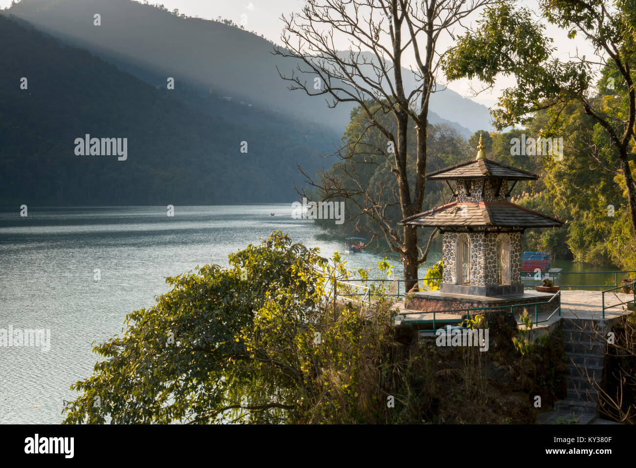 Scenic view of Phewa Lake, Pokhara, Nepal - Stock Image