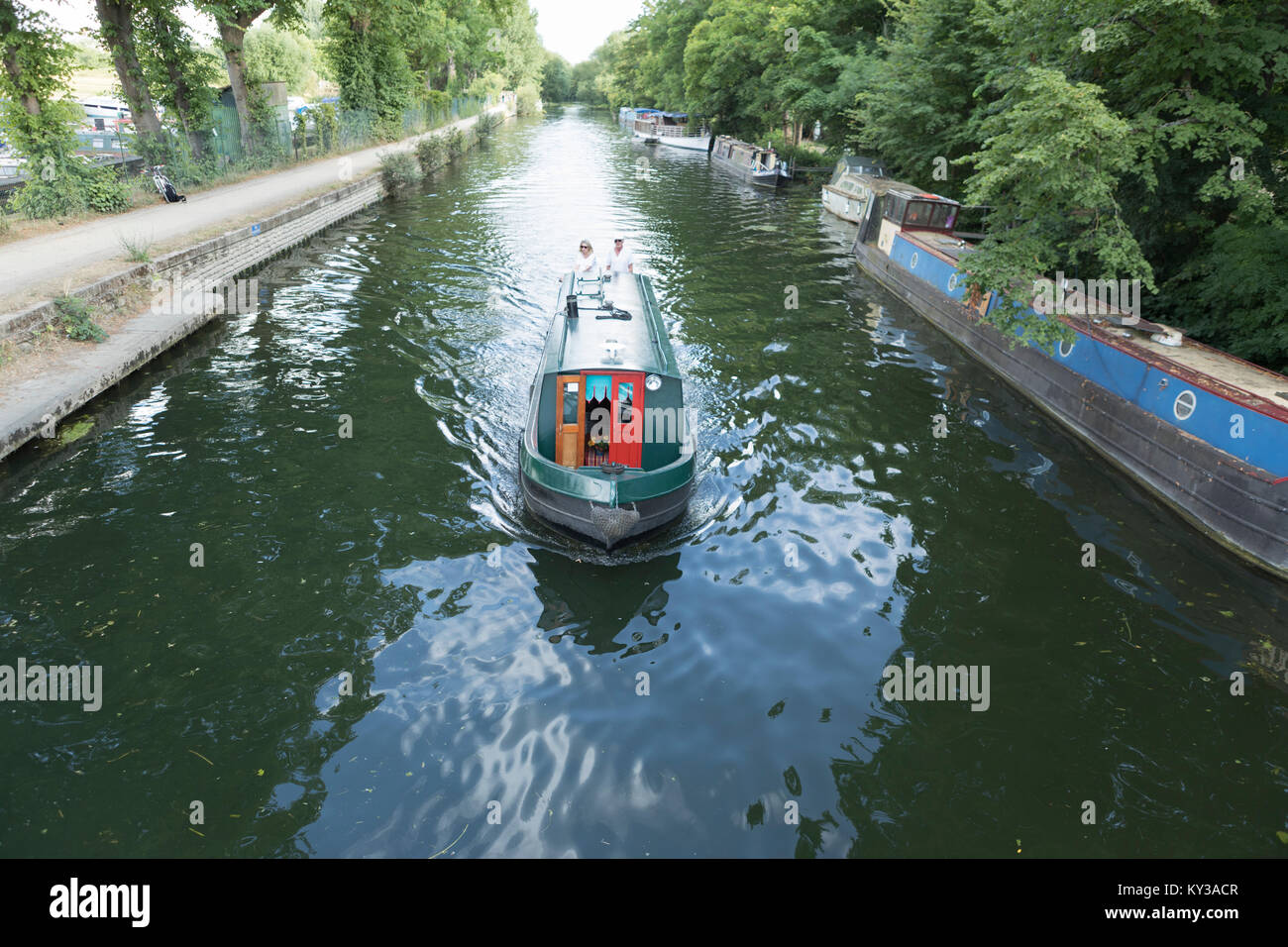 UK, Oxford, canal boat on the Oxford canal. - Stock Image