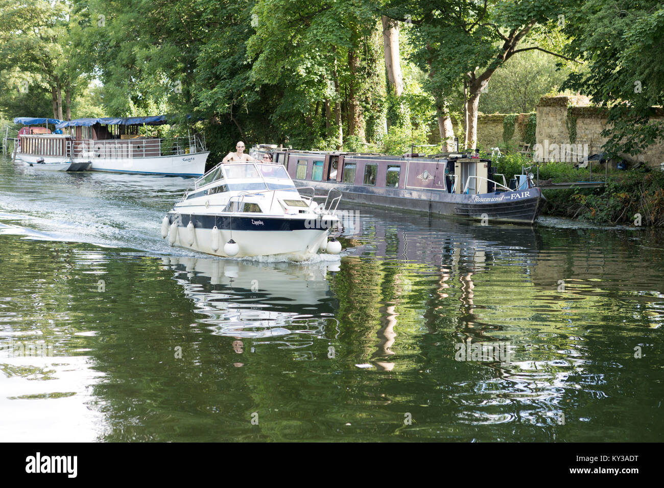 UK, Oxford, river cruiser on the Oxford canal. - Stock Image