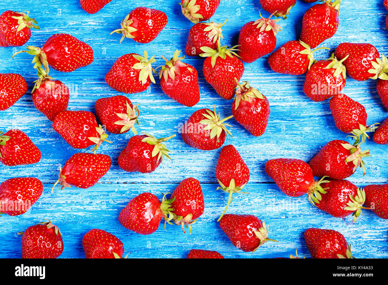 Ripe Strawberry Scattered On A Wooden Background Bright Summer Wallpaper