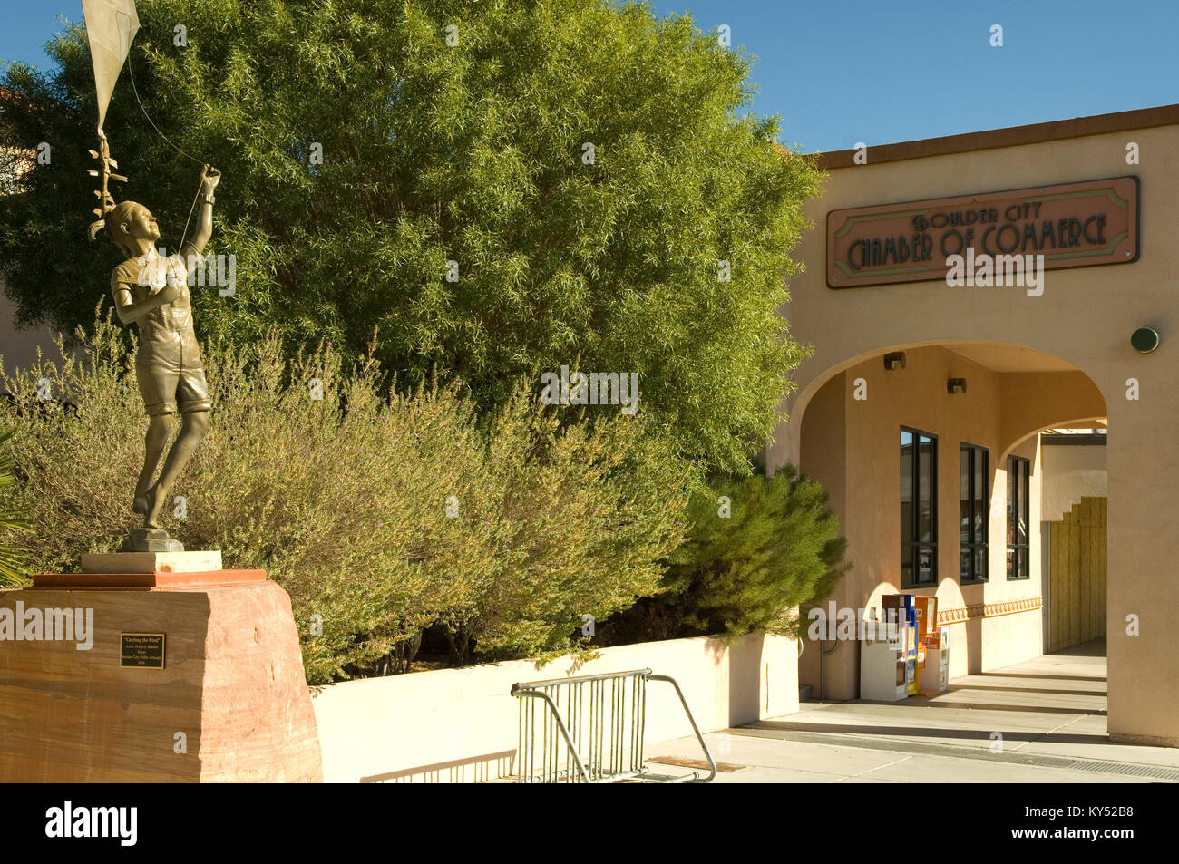 Boulder City Chamber of Commerce with Catching the Wind sculpture by Gregory Johnson at Boulder City, Nevada, USA. - Stock Image