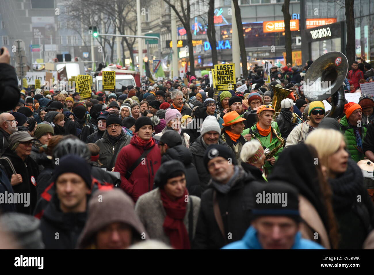 Vienna, Austria. 13th Jan, 2018. more than 20.000 people attend an anti-government demonstration. organisers speak - Stock Image
