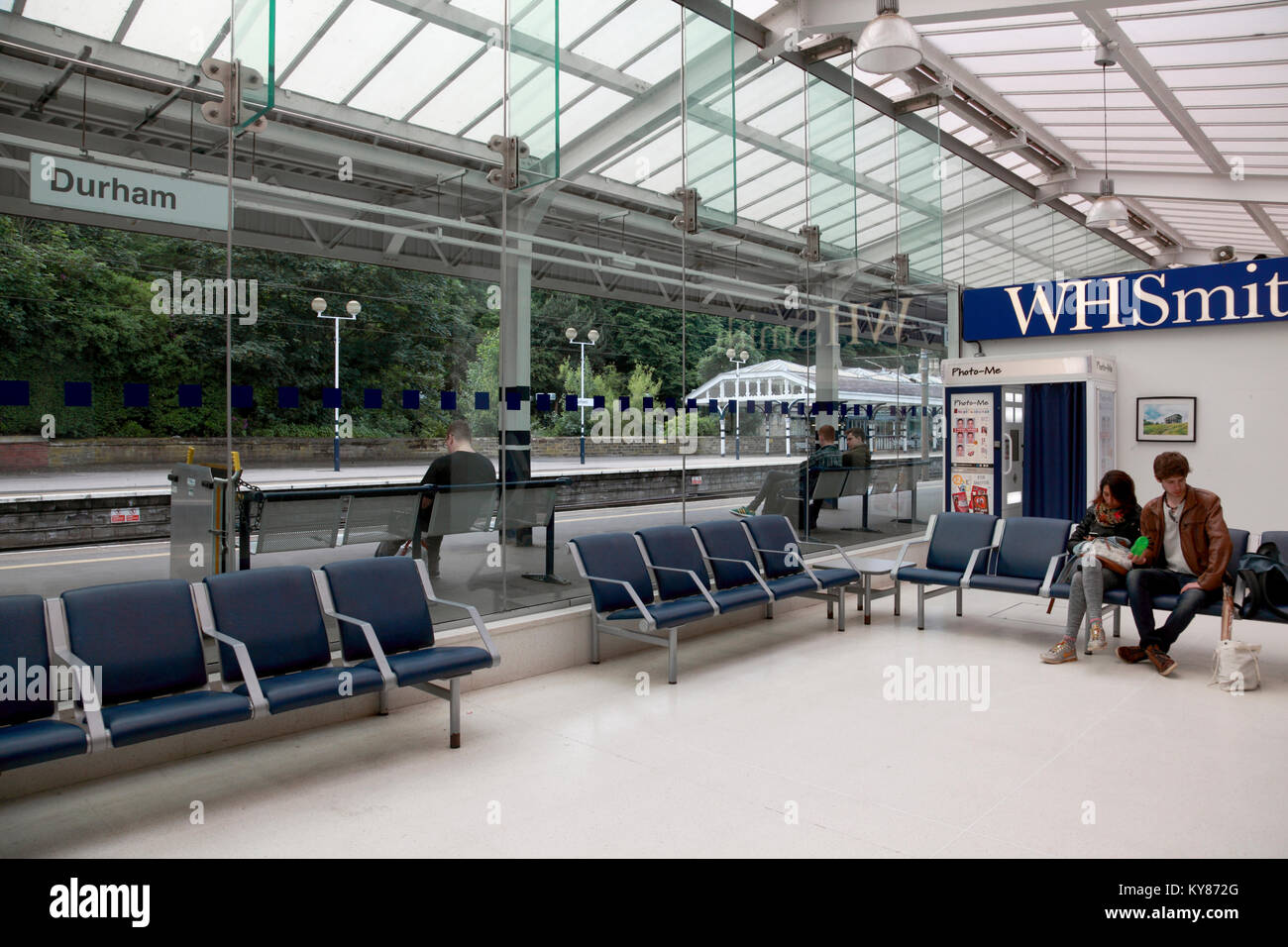 Durham railway station stock photos durham railway station stock images alamy - Virgin trains head office contact ...