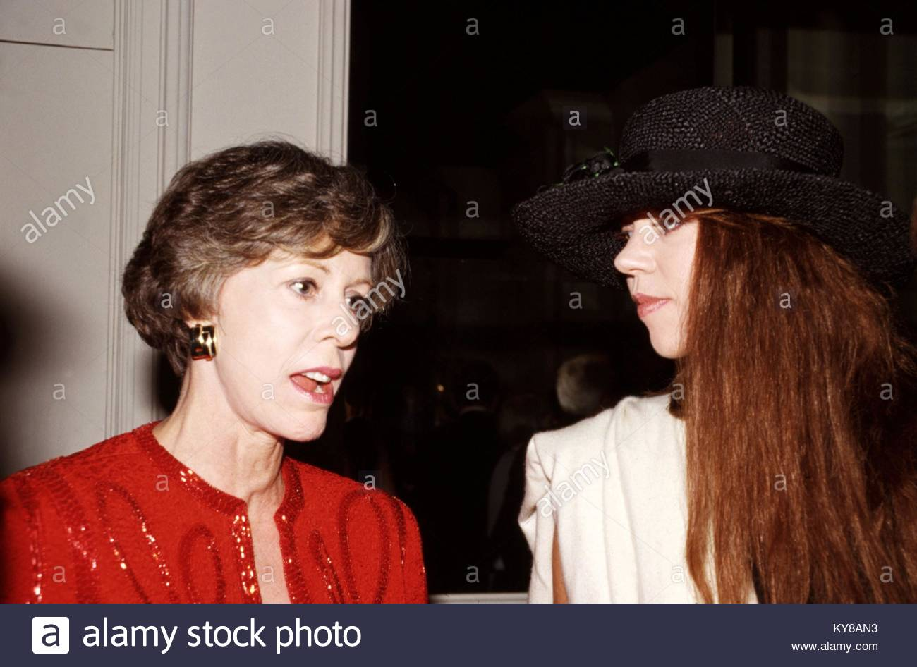 Irene Vanbrugh,Robert Llewellyn (born 1956) Adult clip Sarayu (actress),Richard Griffiths (1947?013)