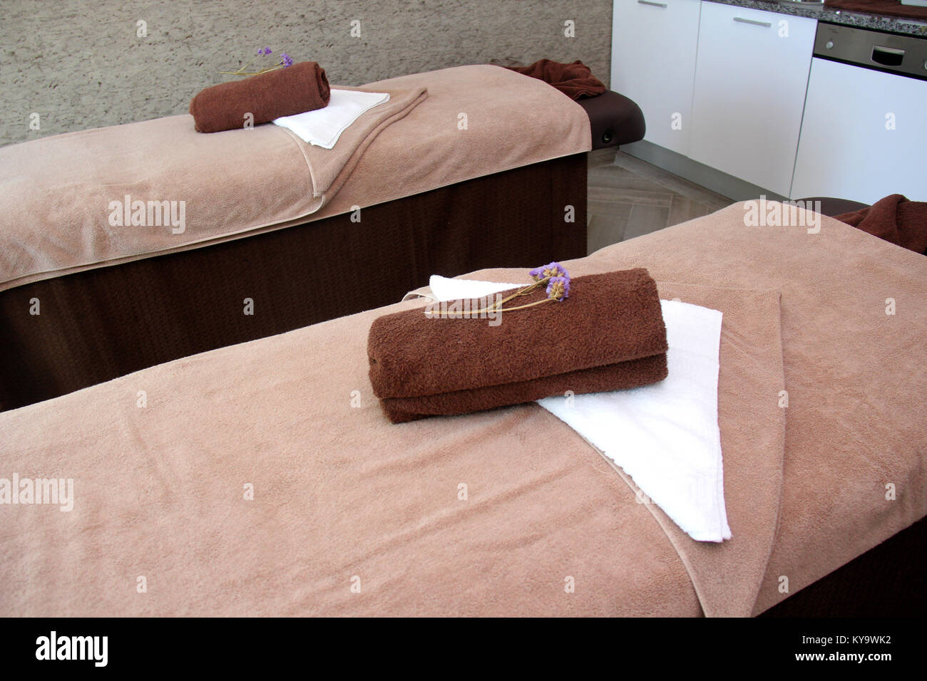 Spa type massage treatment room - Stock Image
