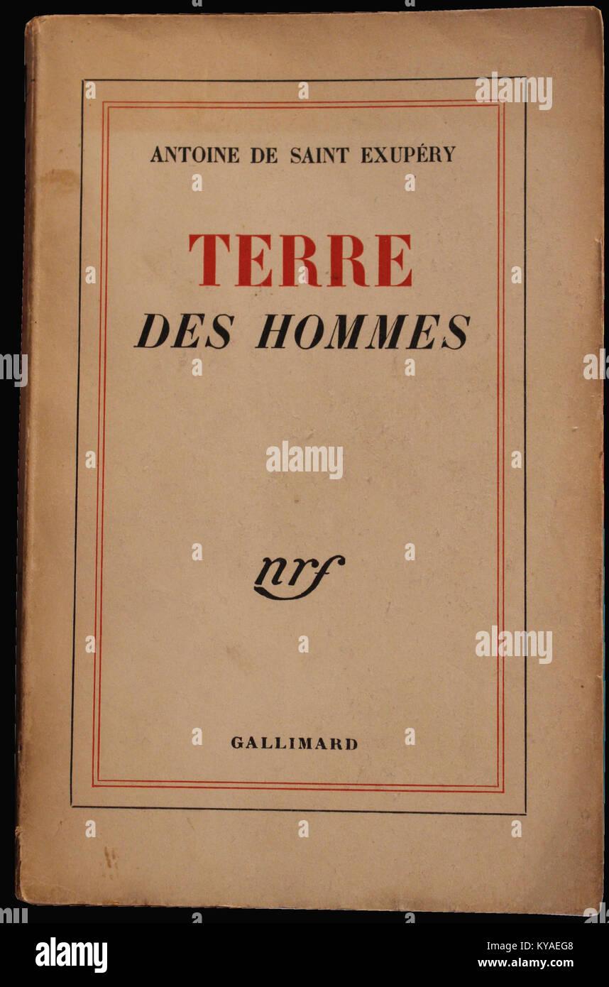 Terre des hommes, de Antoine de Saint Exupéry, aux éditions Gallimard, 1939 - Stock Image