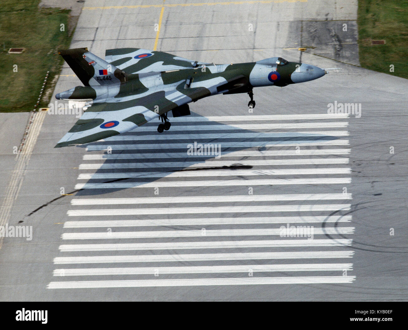 RAF Vulcan B2 (now obsolete) aircraft on final approach at Toronto International airport, Canada - Stock Image