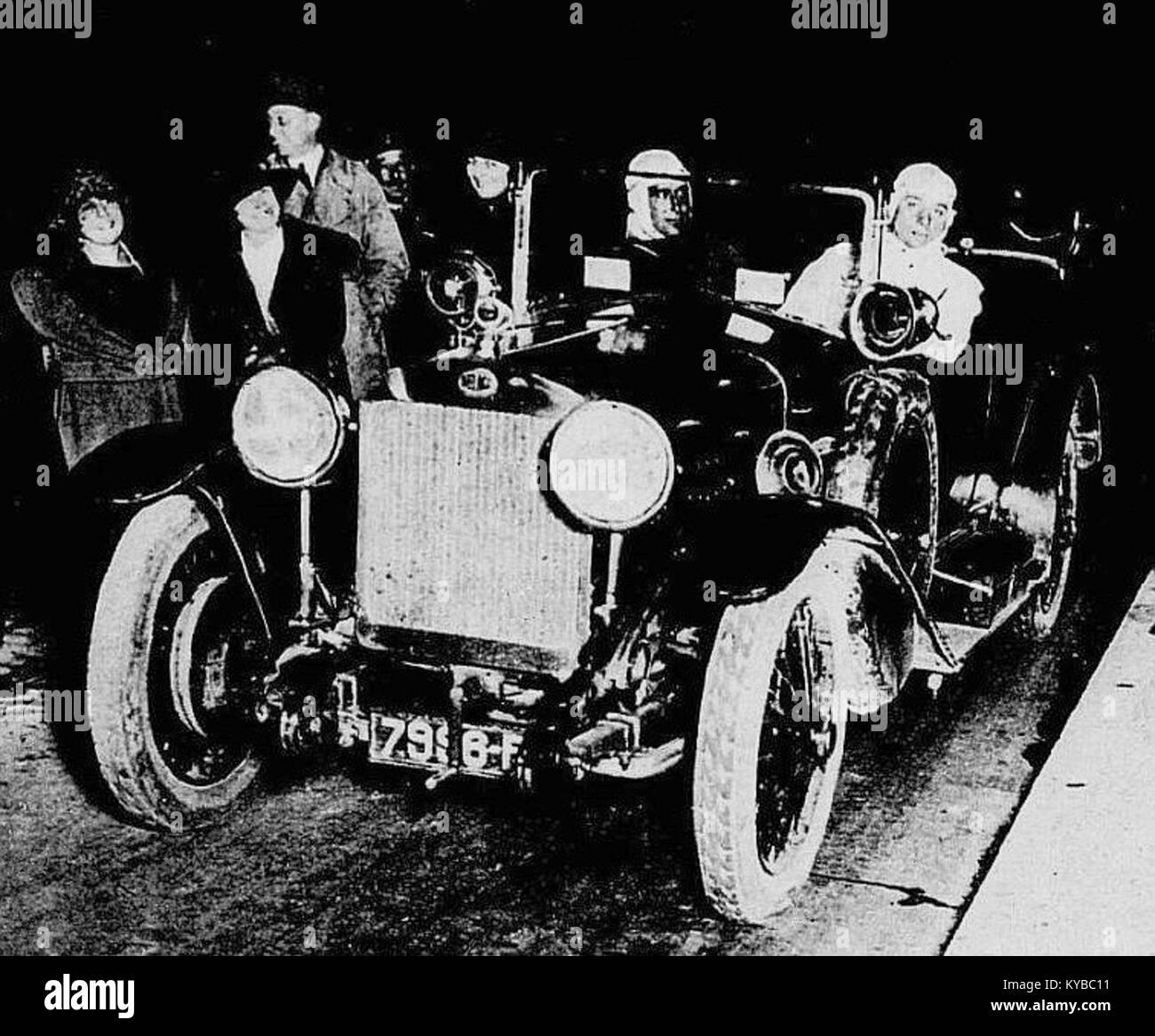 Maurice Béquet, recordman du trajet Paris-Madrid en 1922, sur Delage 11HP - Stock Image